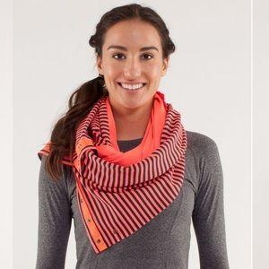 lululemon Vinyasa scarf classic stripe light flare